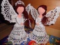 Ангелик зроблений гачком з бавовняних ниток. Добре тримає форму. Чудово впишеться у будь-який інтер