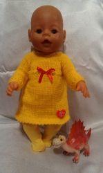 Одежда для кукол BABY BORN.Подходит для кукол-пупсов ростом 40-43см.Вся одежда выполнена вручную из натуральных качественных тканей,что позволяет стирать и гладить одежку!Высокое качество исполнения работы порадует Вас и Вашего ребенка.Каждая девочка будет рада такому подарку.Вязаное платье+колготки
