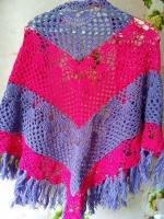 Жіноча шаль ручної роботи створить вам гарний настрій та додасть вашому образу довершеності. Виконана з мякої шерсті