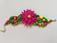 Браслет ручной работы из полимерной глины с крупным ярким цветком. Размер браслета регулируется. В этом браслете Вы всегда будете выглядеть яркой и дерзкой