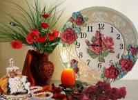 ЧАСЫ НА ЗАКАЗ -5 ДНЕЙ ИЗГОТОВЛЕНИЯ  Часы настенные 35 см выполнены в технике скульптурная живопись. Розы объёмные. Сзади есть подвес. Механизм бесшумный. Декоративная штукатурка, фанера 8 мм, скульптурная живопись, декоративные элементы, акриловые краски и лак. Часы внесут в ваш интерьер свежесть и запах роз, лета и тепла.Будут отличным подарком для родных, друзей. Особого ухода не требует. Можно протирать влажной тряпочкой или просто смахнуть кисточкой пыль