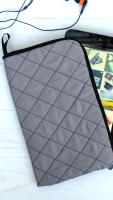 """Чехол для планшета, ручной работы.Сшит из хлопковых тканей, уплотнен тонким паролоном. Подходит для планшетов диагональ которых до 8 """""""