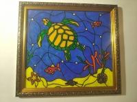Эта картина выполнена на пластиковом стекле красками. Оно легче чем простое стекло и безопаснее. Картина вставлена в рамку стеклом в перёд, красками назад. При желании, если захочется красками наружу, всегда можно это сделать, развернув картину внутри рамки. Картина одна, но она смотреться по разному при повороти картины или краской, или стеклом наружу. Само стекло лучше не трогать пальцами, могут остаться жирные пятна. Браться нужно за саму рамку. Хотя пятна да и разные царапины могут остаться и на простом, обычном стекле. Камера не может передать красоту изделия, но когда вы повесите картину на стену, ваш взгляд будет всегда прикован к ней. Она будет дарить тёпло и радость вашей семье. Ручная работа. Размер с рамкой 23,3см.х25,5см.х1,4см. Отправка Новой Почтой.