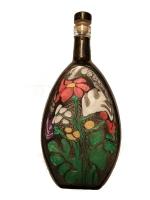 Декоративная бутылка ручной работы в технике росписи красками. Может использоваться по назначению