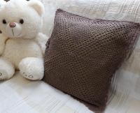 Красивая наволочка, ручной работы, вязаная крючком, подкладочная ткань цвета хаки. Подойдет для подушек 40*40.Отправлю любым способом.