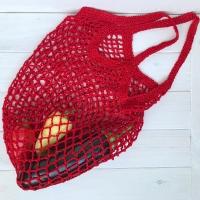 Тренд этого сезона, сумка-авоська для покупок.Альтернатива пакетам, очень стильно и красиво.Связана крючком, красная с вискозной нити.Отправлю любым удобным способом, возврат не предусмотрен.Возможно изготовление на заказ.