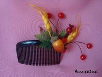 Гребень ручной работы с дарами осени. Прекрасно подойдет для тематического праздника и на каждый день!