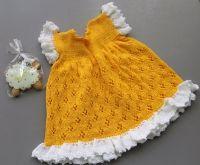 Представляем Вашему вниманию платьице для маленькой, озорной принцессы.  Ручная работа связана спицами, выполнена с любовью, содержит в себе посыл наитеплейших пожеланий!  Возраст: 1,5 - 2 года Состав: хлопок 100%
