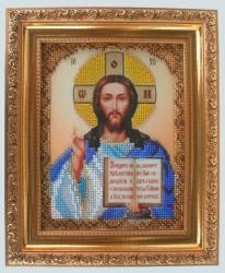 """Икона """"Господь Вседержитель"""" - один из самых распространенных иконографических типов Спасителя. Духовное и богословское содержание иконы заключается в представлении Господа Иисуса Христа как Вершителя судеб мира, Источника Истины и Жизни: одной рукой Господь благословляет, во второй руке Он держит книгу как многогранный символ и Благой Вести, и Книги Жизни, в которую вписаны имена спасенных, и Божественной мудрости. Традиционно входящая в венчальную пару икон, икона """"Господь Вседержитель"""" обычно первой входит в дом молодой семьи, к ней обращаются при чтении утренних и вечерних молитв и во всякой нужде и в радости. Икона Господа Иисуса Христа, Спасителя и Искупителя всех грехов человеческих, должна быть в каждом православном доме. Вашему вниманию предлагается икона """"Господь Вседержитель"""", вышитая на атласе бисером и оформленная в багет с антибликовым стеклом. При изготовлении использовался чешский бисер Preciosa Ornela. Размер иконы 19,5см*23,5см. Размер вышитой работы 13,5см*17см. Способ крепления - петля.  Багет в золотых тонах выглядит дорого и шикарно. Бисер переливается на свету. Икона станет отличным приобретением для Вас и роскошным подарком Вашим близким."""