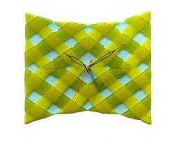 Настенные часы из цветного стекла, выполнены в технике фьюзинг.