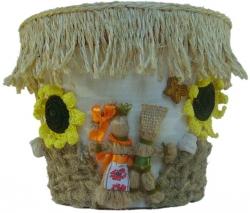 Этот цветочный горшок станет не только Вашим семейным оберегом, но и подчеркнет неповторимую красоту растения. Украинский оберег это наидревнейший символ счастья и благополучия, который воплощает в себе мудрость и традиции рода.   Использованные материалы:  Основа цветочного горшка - пластик Мешковина разной фактуры и цвета Шпагат разной толщины и цвета (джут, сизаль) Бисер Природная глина Атласные ленты Вязаные крючком цветы Солома   На создание этой серии вазонов меня вдохновили воспоминания о бескрайних просторах украинских земель и доме, где всегда гостеприимно встретят хлебом- солью.   Отлично впишется в интерьер, украсит ваш подоконник и подчеркнет цветочную композицию. - See more at: http://vazonchik.net.ua  Размеры:  наружные Верхний диаметр:  d20.0см. Нижний диаметр:  d14.0см. Высота:  16.0см.  Размеры:  внутренние Верхний диаметр:  d18.0см. Нижний диаметр:  d11.5см. Высота:  15.8см.