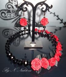 """Комплект ожерелье и серьги """"Красное и черное"""" Цветы ручной работы из полимерной глины Бусины под хрусталь"""