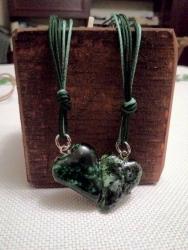 Подвеска из керамики Сердечко, ручная работа, красивого зеленого цвета