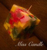 Мраморная свеча-очень красивая и оригинальная. Каждая такая свеча неповторима и является уникальным подарочком. Возможно изготовление любых форм, цвета, аромата