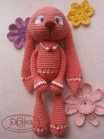 Заинька Липочка. Девочка скромная и обаятельная. Хлопок 100%, наполнитель холлофайбер, декор - фетр (глазки и цветочки). Высота - 22 см. Представлена в двух вариантах - розовый и оранжевый.