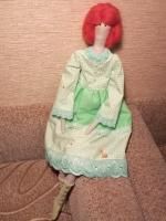 """Кукла """"Весна""""  стиле Тильда создана из натуральных тканей вручную. В каждую куклу вкладываю частичку своей души.  Это милая и """"обнимательная"""" Тильда.                                 Высота игрушки  53 см. Ручки и ножки сгибаются, благодаря чему куклу можно посадить в любой позе. Одежда не снимается"""