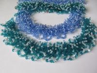 Бисерный мех - прозрачный бисер, капли бесцветного создают эффект росы, пышно, разная цветовая гамма, колье + браслет