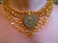 Колье Медальон - медовый бисер, обшивка натуральными камнями