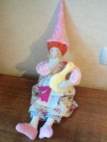 Текстильная игрушка  ведьма принесет в дом уют, тепло, гусь привлечет благосостояние. Выполнена из натуральных материалов полностью вручную. В каждую игрушку вкладывается частичка души и добрые пожелания.