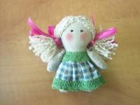 Маленький ангелок в стиле Тильда, высотой 10 см. Очень милый сувенир для детей и взрослых. В крылышки можно вшить магниты и у Вас будет оригинальный магнит на холодильник