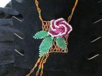 Кулон-подвеска Роза - основа прямоугольная, матовый бисер и бусины, объемный цветок, листья.
