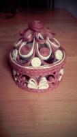 Не знаете, что подарить женщине? Эксклюзивная ажурная шкатулка для украшений - отличный и практичный подарок на все праздники.