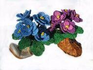 Фиалочки из бисера в декоративном горшочке. Высота 10 см. В горшочке 7 цветков. Цена за 1 штуку Возможно изготовление фиалочек любого цвета с любым количеством цветочков