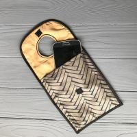 Карман-органайзер для зарядки телефона