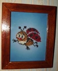 Картина из бисера - Божья Коровка с деревянной рамкой, 35грн
