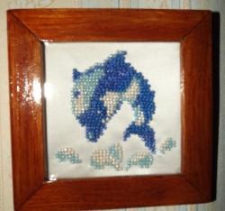 Картина из бисера - Дельфин с деревянной рамкой, 30грн