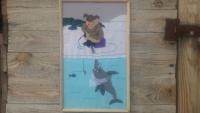 Гумористична картинка,що може сподобатись любителю риболовлі.Виконана в техніці аплікації з тканини.Авторський добір тканин за фактурою та кольоровою гамою. Повністю ручна робота  12-річної дівчинки.