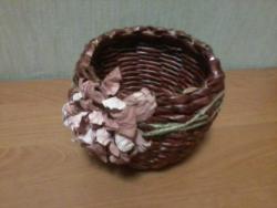 конфетница из бумажной лозы