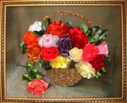 Корзинка с розами выполнена атласными лентами 5см ширины методом вырезания на качественном принте. Подарите это благоухание своим женщинам и оно сохранится на долгие годы!...