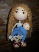 """Кукла из фоамирана """"Мама и малыш"""" - авторская ручная работа. Малыша можно вложить маме в руки или они могут быть отдельно. Высота 39 см. Могу выполнить в других размерах и цветовых сочетаниях, по вашему желанию."""