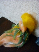Лялечка з вовни Персикова