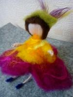 Лялечка з вовни Примула