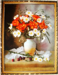 """Картина """"Лилии и ромашки"""" выполнена на качественном принте атласными лентами и мулине. Не хватает чего-то в интерьере вашего дома? Приобретите этот букет, и сразу станет уютно и романтично, поднимется настроение...."""