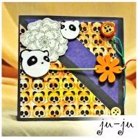 Милая открытка с забавными пандами Больше открыток здесь: https://vk.com/otkryitki_juju https://www.facebook.com/jujumagiccards Ju-Ju - открытки, которые приносят счастье!