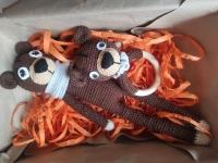 Необхідна річ для немовляти. ведмедик з напів бавовни, 35 см, шарфик знімається брязкальце: дерев