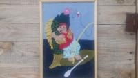 Гумористична картинка зацікавить любителів риболовлі.Адже хто краще них зрозуміє ті шалені почуття,що розривають душу рибалки в момент зустрічі з впольованою рибиною!  Картинка пошита вручну в техніці аплікації з тканини.Автор-12-річна дівчинка.