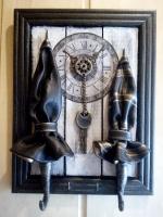 Оригинальный подарок или декор для дома. Ручная работа. Зонтики из натуральной кожи. Размер 31*21 на три крючка.