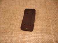 Якісна шкіра ′Крейзі Хорс′.  Застібка: кобурний гвинт  Розмір: 4,5 см х 9 см  Колір: коричневий (можливі кольори: коричневий, оливковий, коньячний)