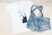 Пропонуємо якісні і оригінальни футболки ручної роботи. Кожен малюк виконаний спеціальними  фарбами з великою любов
