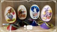 Пасхальное яйцо – традиционный подарок к Светлому Христову Воскресению. Яйцо со срезом на монолитной ножке выполнено в технике декупаж, контурной росписи, украшено атласными ленточками. Все используемые в работе материалы на водной основе, нетоксичны. Такое яйцо станет украшением пасхального интерьера и чудесным подарком на светлый праздник для Ваших родных и близких. Материал: ель, высота 12 см. Цена указана за 1 шт. В наличии 4 шт. ИЗ ЭТОЙ СЕРИИ В НАЛИЧИИ КРАСНОЕ ЯЙЦО С КРОЛИКОМ
