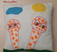 Подушка по рисунку ребенка
