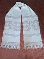 Рушник білий 100% льон та полотно вязане гачком. Взірець,термін виконання на замовлення 21 день.
