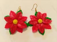 Сережки ручної роботи з полімерної глини у вигляді символу Різдва - червоної пуансетії. Діаметр квітки становить 35 мм