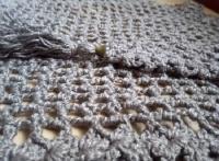 Серый бактус (шарф-платок)