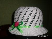 Чудова літня шапочка прекрасно довершить наряд маленької красуні. Матеріал : 100 % якісна бавовна (хлопок).Виготовлю на замовлення за 3-5 днів.
