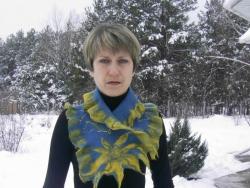 Мои изделия выполнены в технике мокрого валяния .Изготовлены из натуральной шерсти с добавлением декоративных натуральных  волокон.Выполняю на ваш заказ .вышлю по Украине укр или новой почтой .
